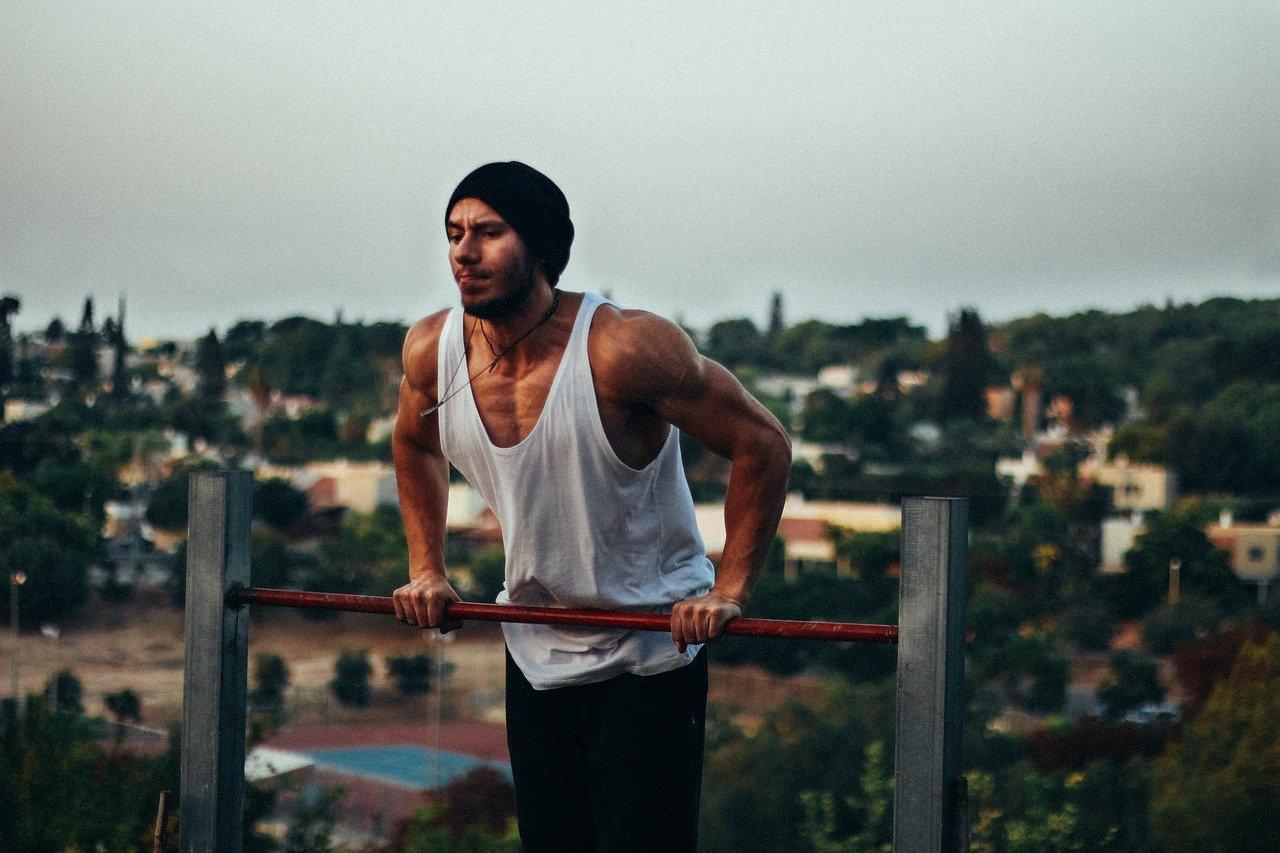 Kalistenika - jak vybudovat svaly bez posilovny