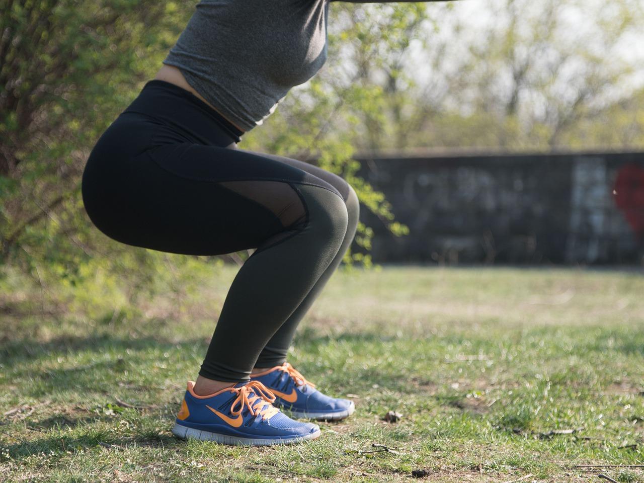 Dřepy a jak je správně cvičit